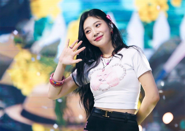 中國網紅化妝成Red Velvet Joy,由於太相似,南韓網友直呼難以分辨