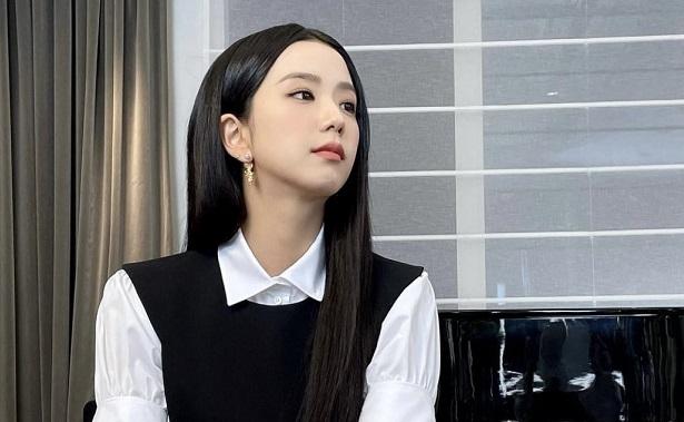 "BLACKPINK金智秀""名品美貌""引熱議,網友:這是CG吧?"