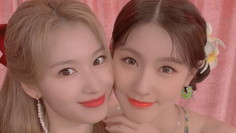 TWICE Sana&(G)I-DLE曺薇娟是雙胞胎嗎?!公開了像姊妹般的合照!