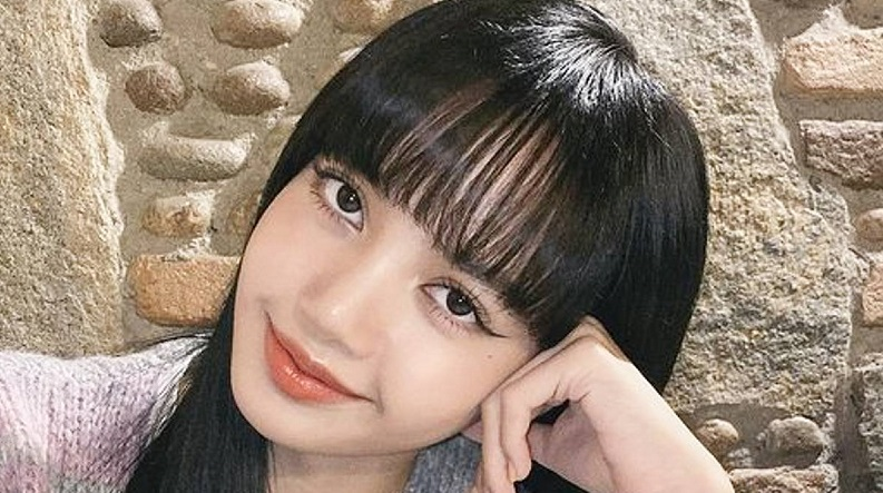 BLACKPINK LISA的劉海無論怎麼激烈跳舞都不會亂!不為人知的幕後故事是?