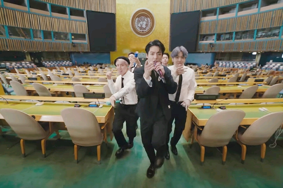 防彈少年團聯合國演講,鼓勵全世界打疫苗:傷心委屈我們不怕變化